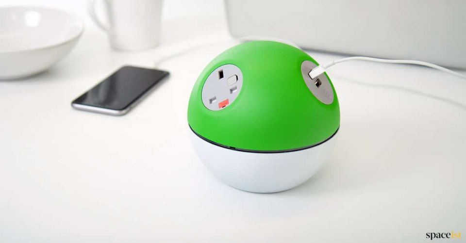Green round desk top charger