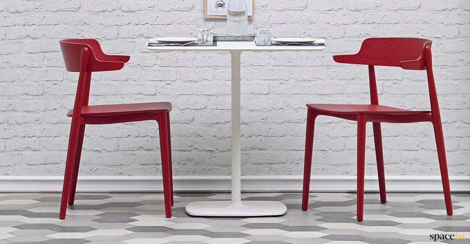 White Stlyus cafe table hard wearing base