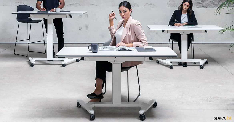 Talent Folding Sit Stand Desk Spaceist