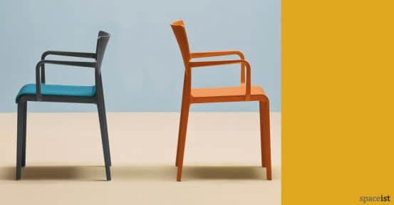 Volt meeting high and low back chairs