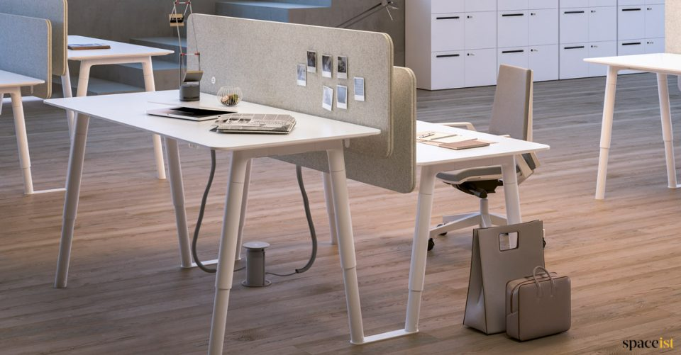 Woods height adjustable white