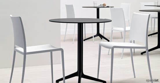 Ypsilon folding cafe table in black