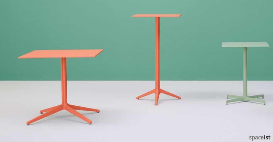 Ypsilon orange cafe table