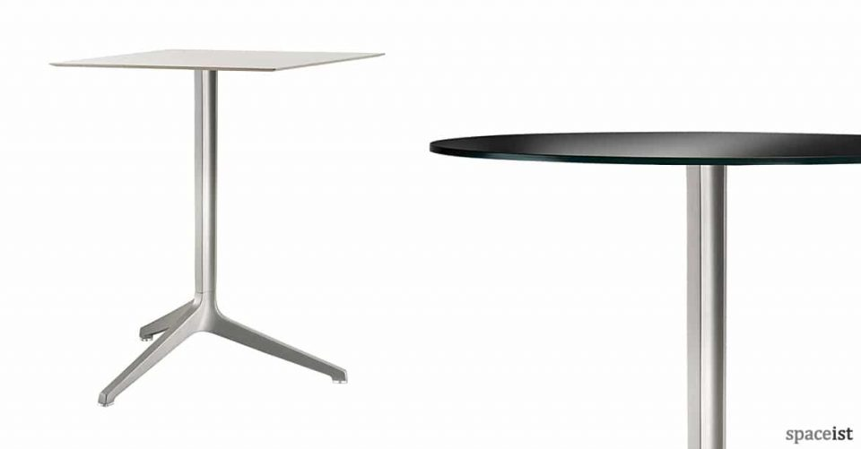 Ypsilon folding cafe table in silver aluminium