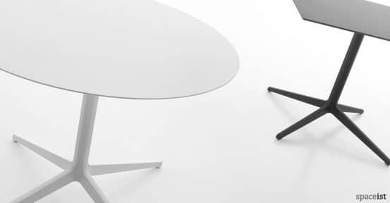 Ypsilon large white round cafe table