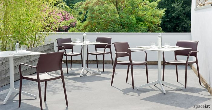 Ypsilon large white outdoor cafe table
