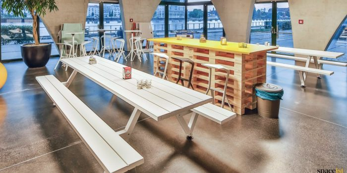 Cool canteen picnic table