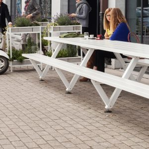 White metal out door picnic table - Marina