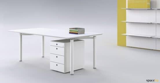 Meta desk in white