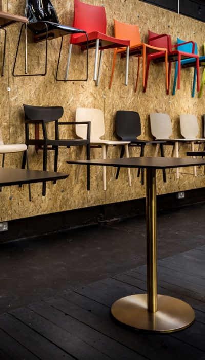 spaceist showroom cafe tables chairs
