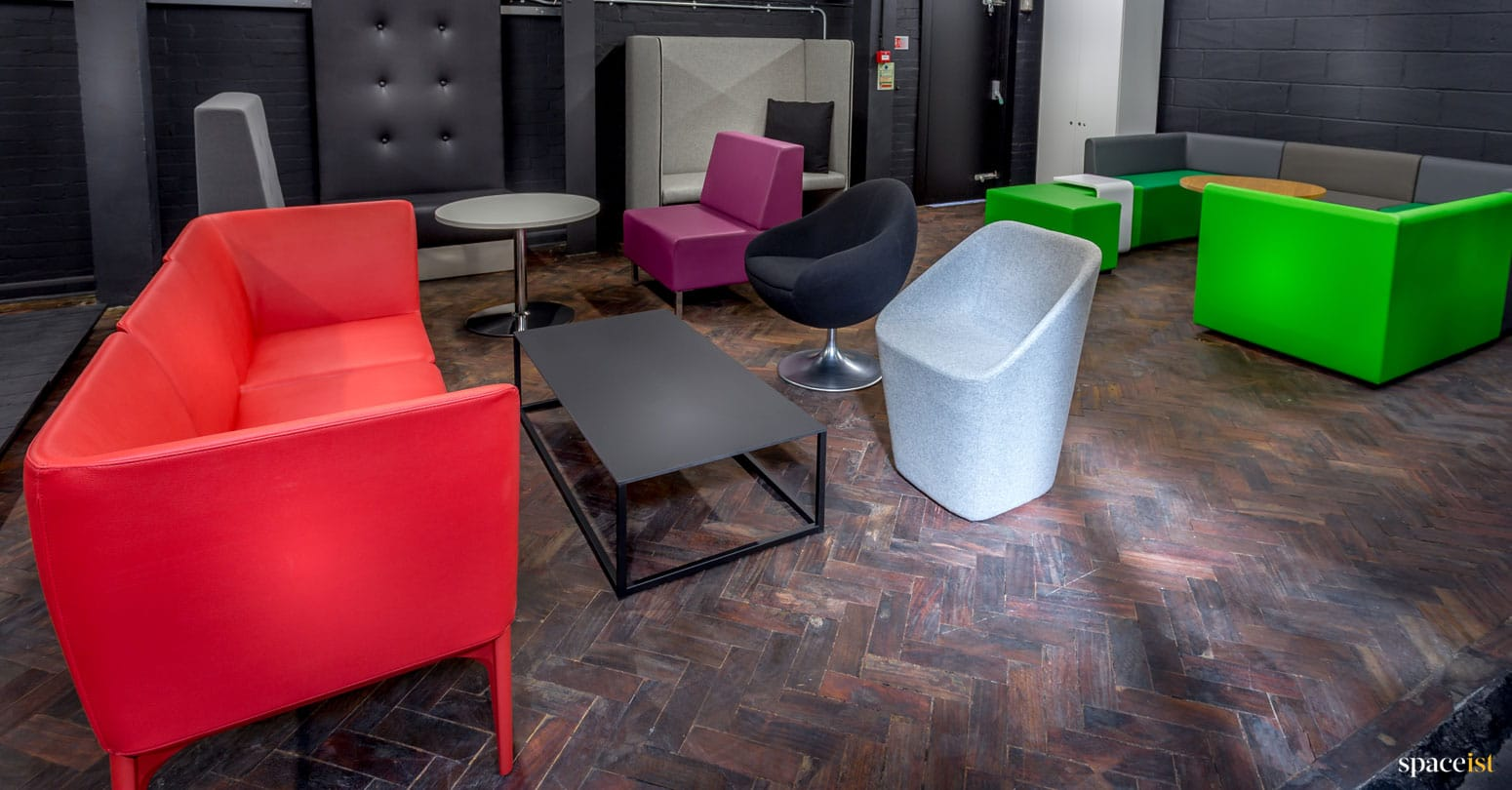 spaceist showroom reception seating