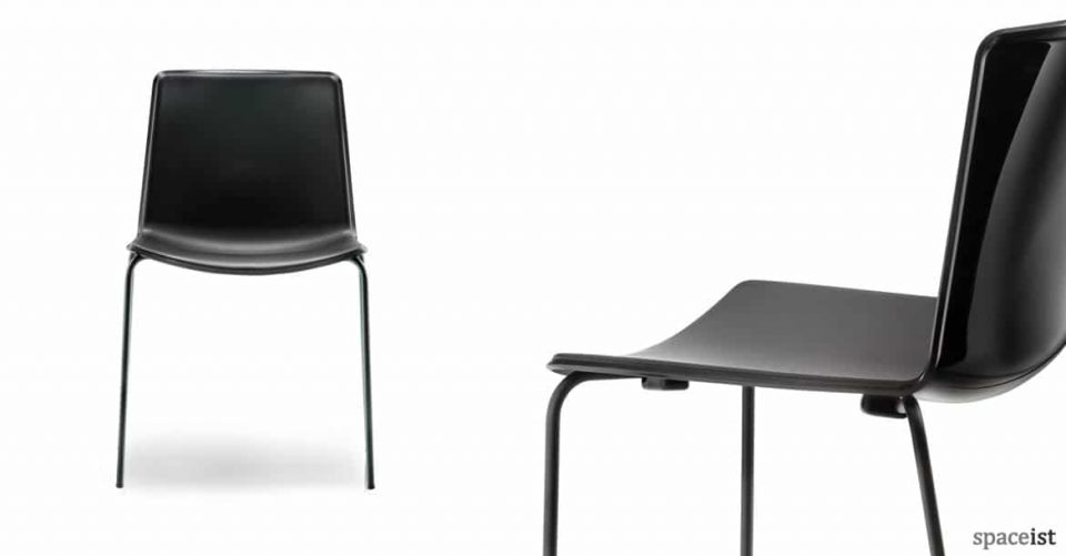 Weet black cafe chair with glossy back