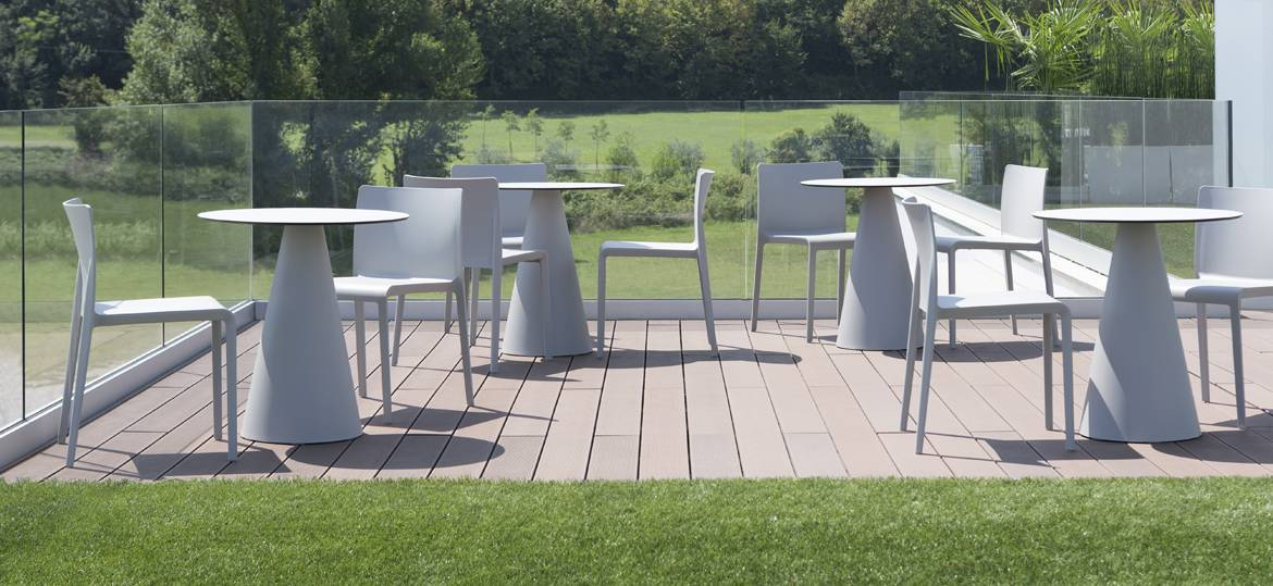 VOLT chair-outdoors-cafe-seating-spaceist