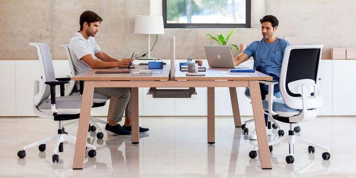 Oak Style 4 Person Desk
