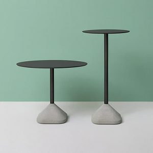 What types of cafe tables are there?