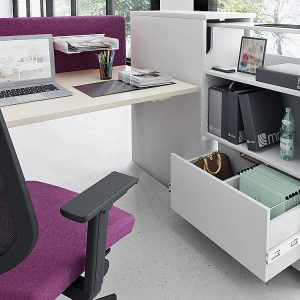 Desk with pull out drawer