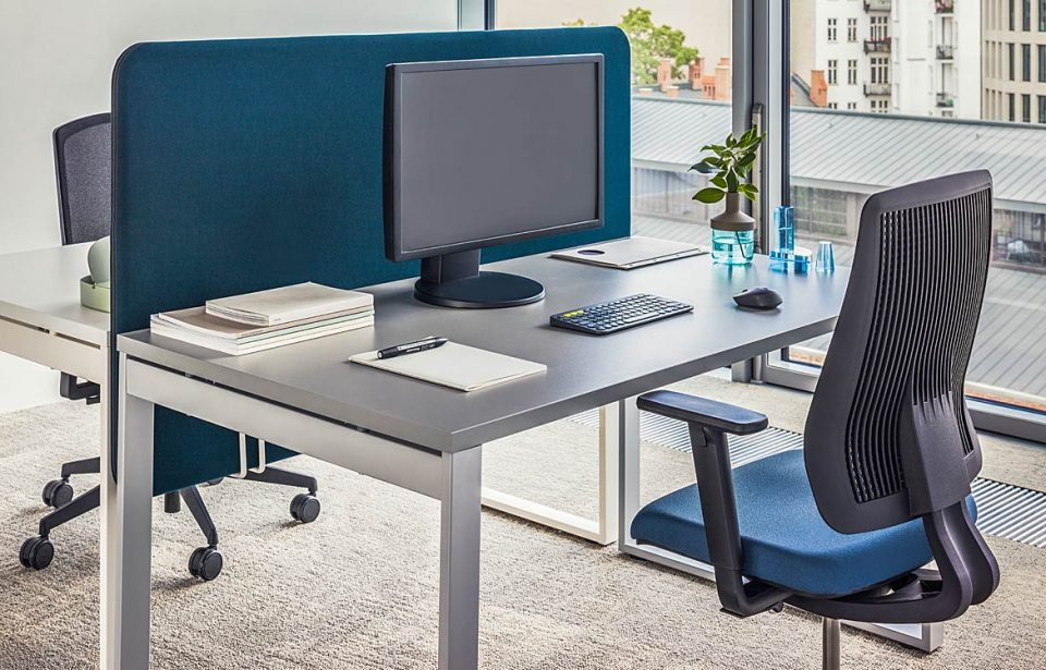 Office desk with a grey top + screen