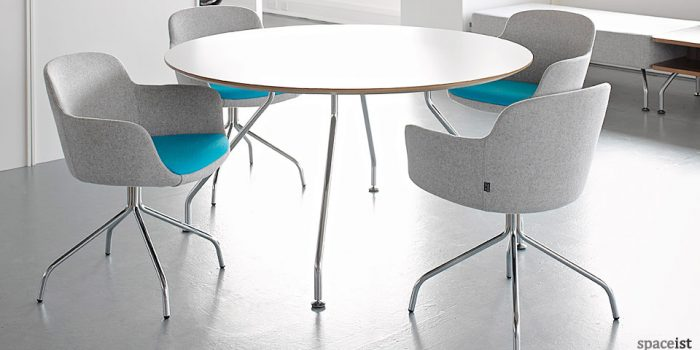 danny blue curvy meeting chair