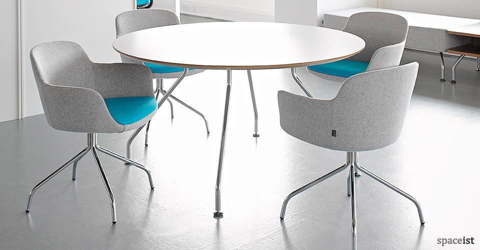 danny blue curvy meeting chair