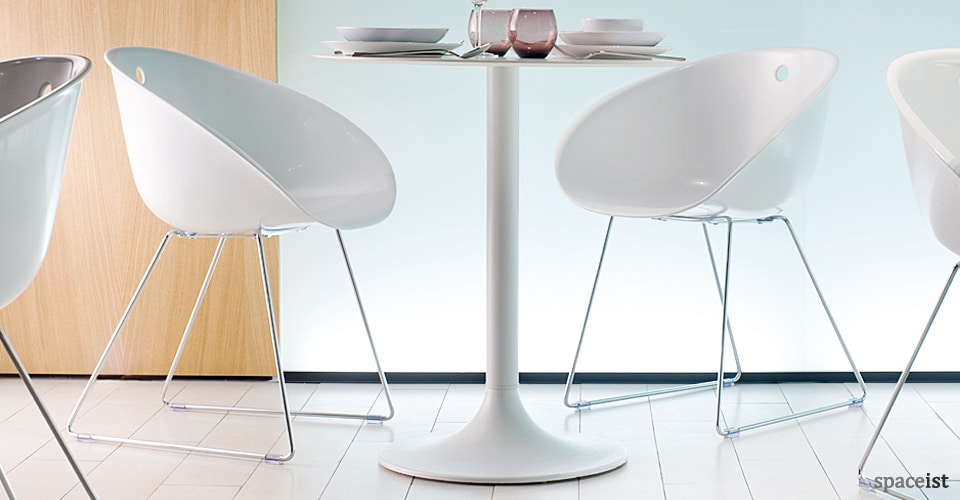 spaceist gliss white cafe chair