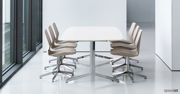 pilot swivel meeting room chairs
