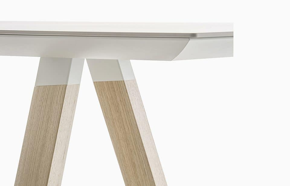 Table with oak legs