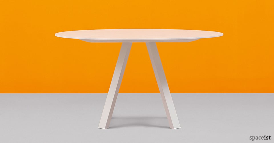 ark round white meeting tables