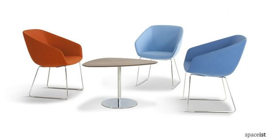 22 tub style reception chairs