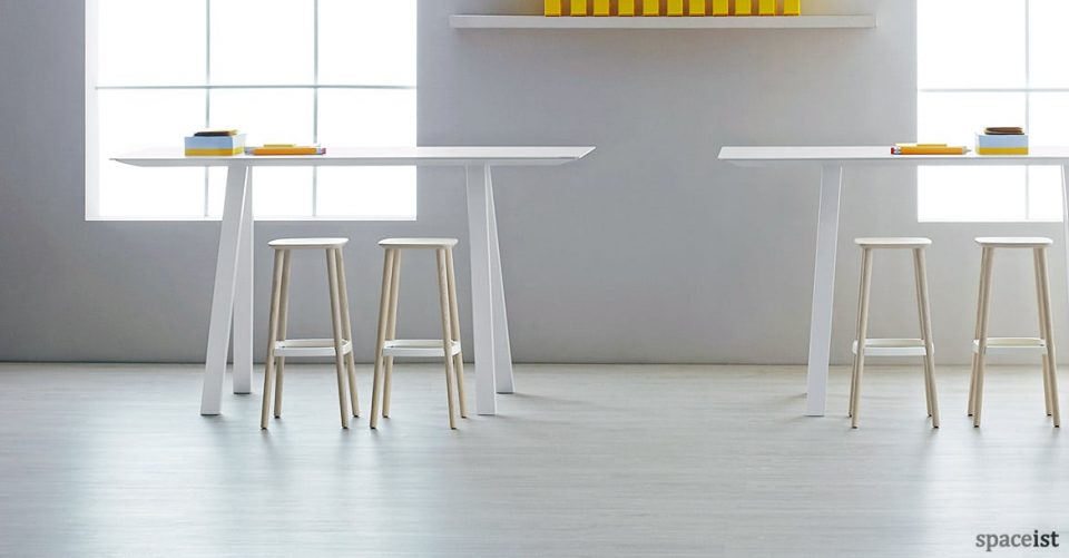 Ark white high breakout canteen table