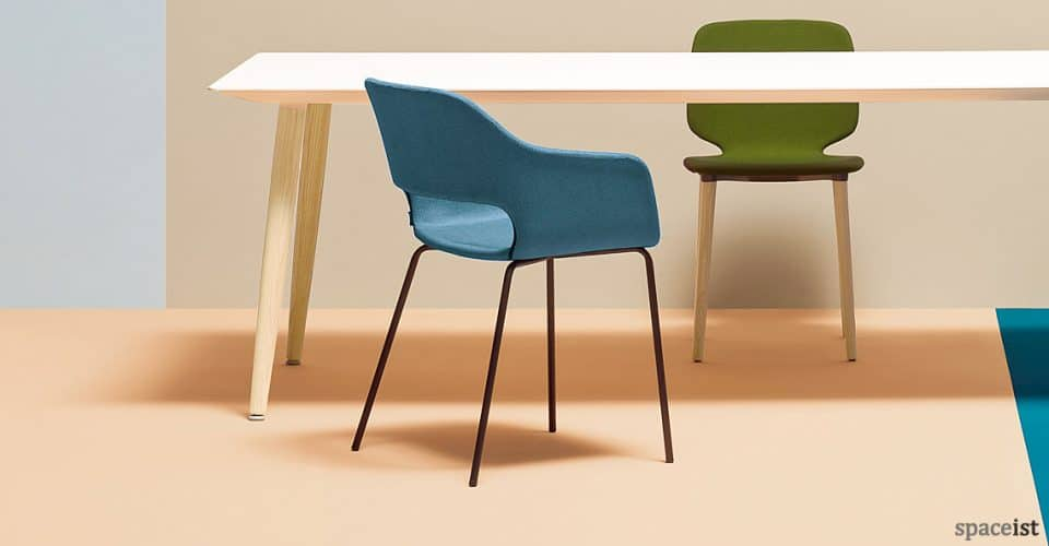 Babila blue meeting chair with a black leg