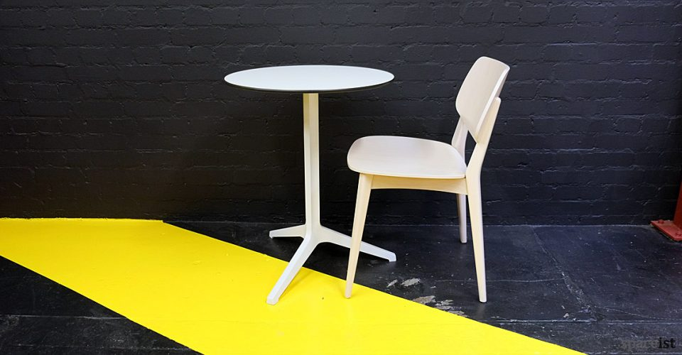 Dolli solid beech cafe chair white finish