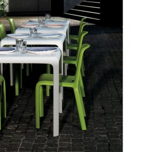 Snow outdoor stackable cafe table