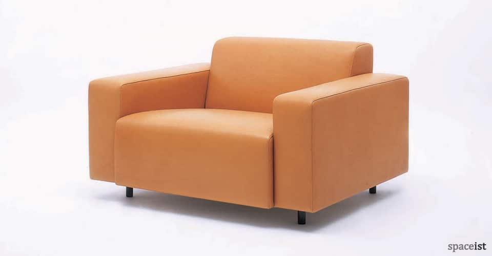 17 tan leather reception chairs