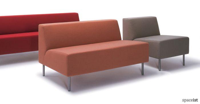 18 vinyl modular chairs