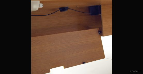 spaceist-45-executive-cable-management-door