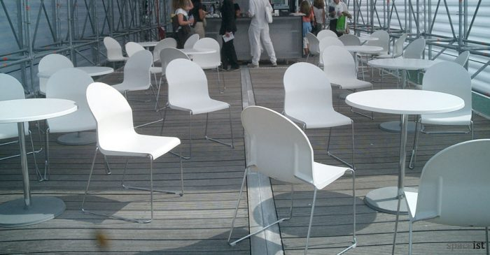 aida plastic outdoor chairs