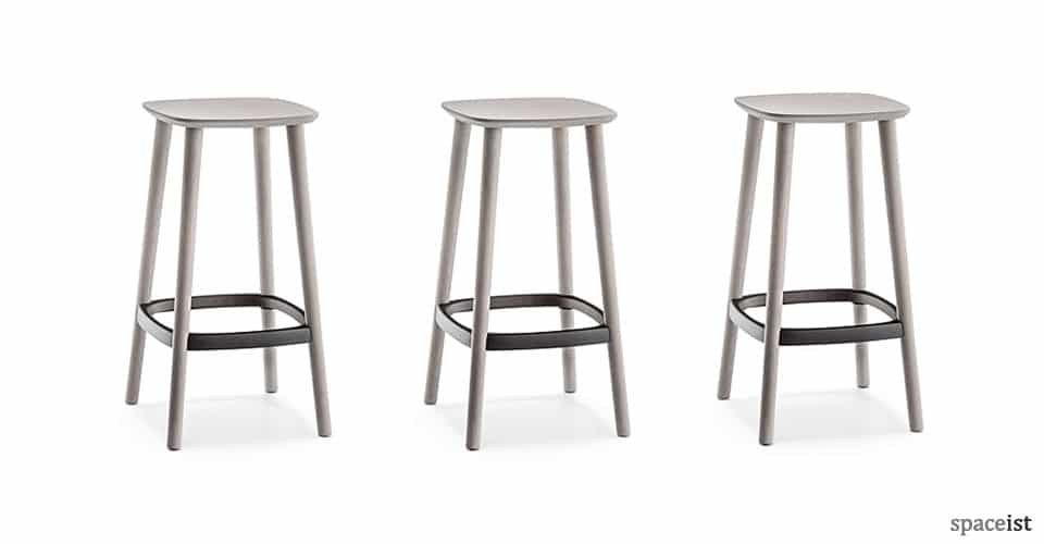 Babila wood bar stool with a metal foot plate  sc 1 st  Spaceist & Bar Furniture : Babila wood stool | NEW islam-shia.org