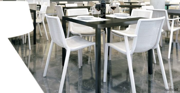 Barcino black cafe table
