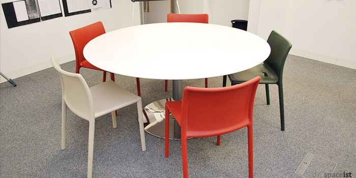 dream large round canteen table