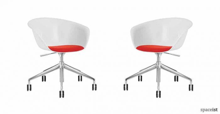 Duna swivel meeting room chair