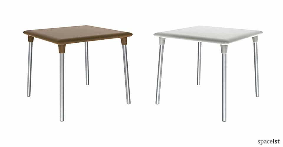 Flash square plastic cafe table for outdoors