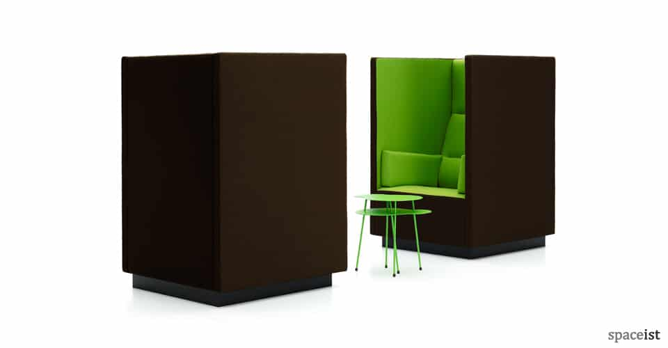 Float high back reception chair in green fabric