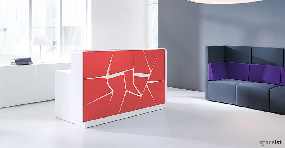 Ice red reception desk
