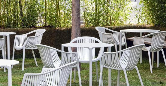 jump white round out door cafe tables