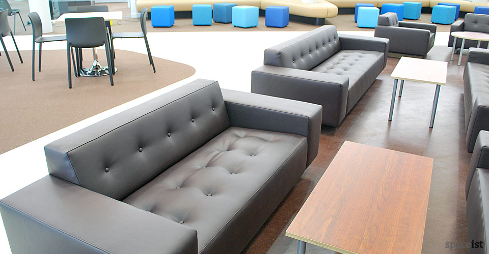 kings college brown button sofas