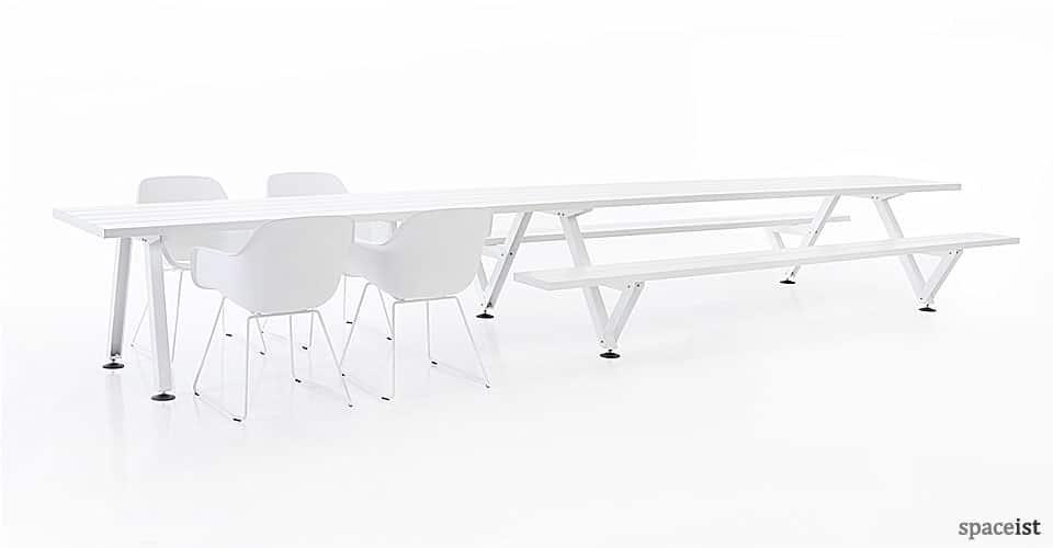 Marina picnic and canteen table