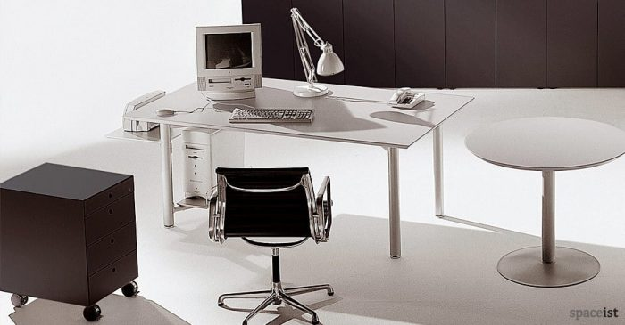 meta height adjustable desks