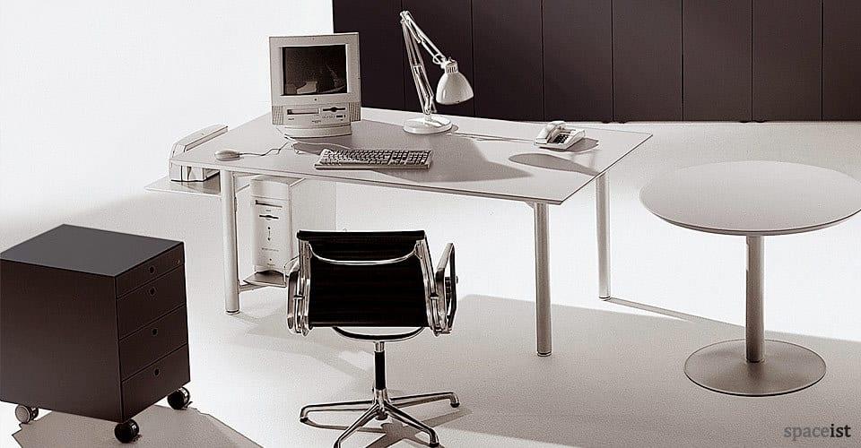 meta height adjustable desks