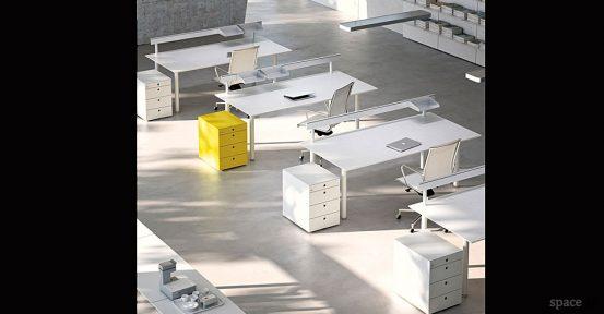 spaceist-meta-white-yellow-office-desks