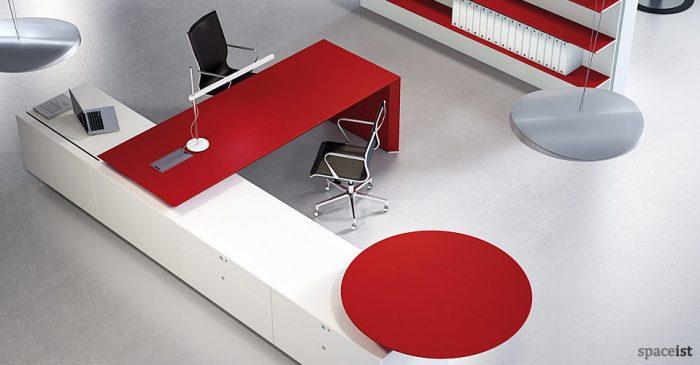 multipli ceo red executive desks top view